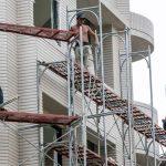 Bezpieczna praca na wysokości - rusztowanie stalowe